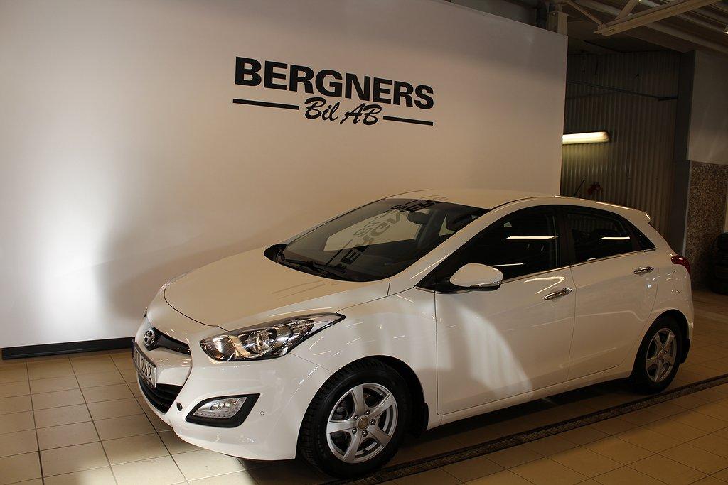Hyundai i30 1.6 Bensin Automat 135hk (V-Hjul+Motorvärmare)