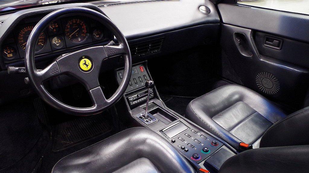 Ferrari Mondial t Coupé.