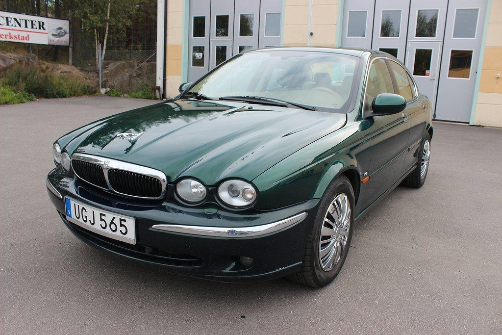 Jaguar X-Type 2.5 V6**4x4**196hk**Kamkedja**Svensksåld**