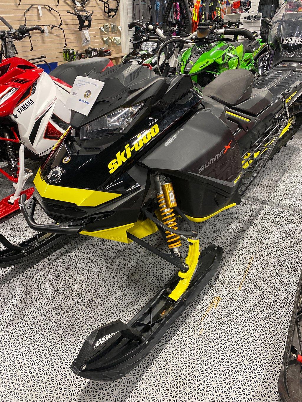 Ski-doo Summit X 165 850 ABRIS MORA