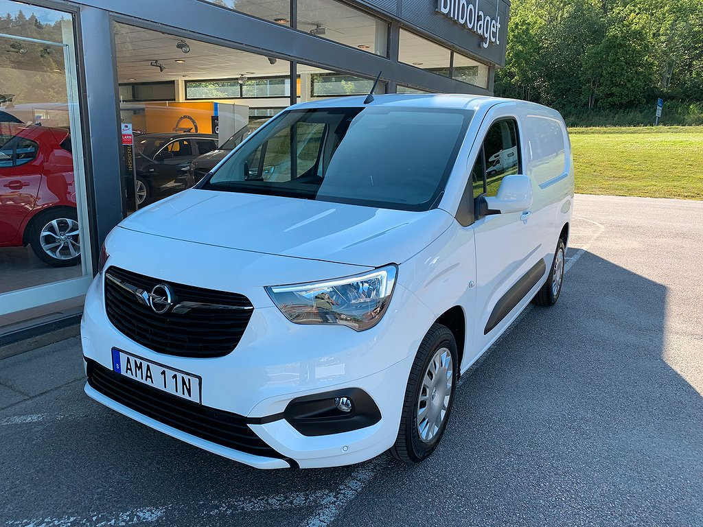 Opel Combo L2 130hk AT8 Premium Dvärm/Kamera