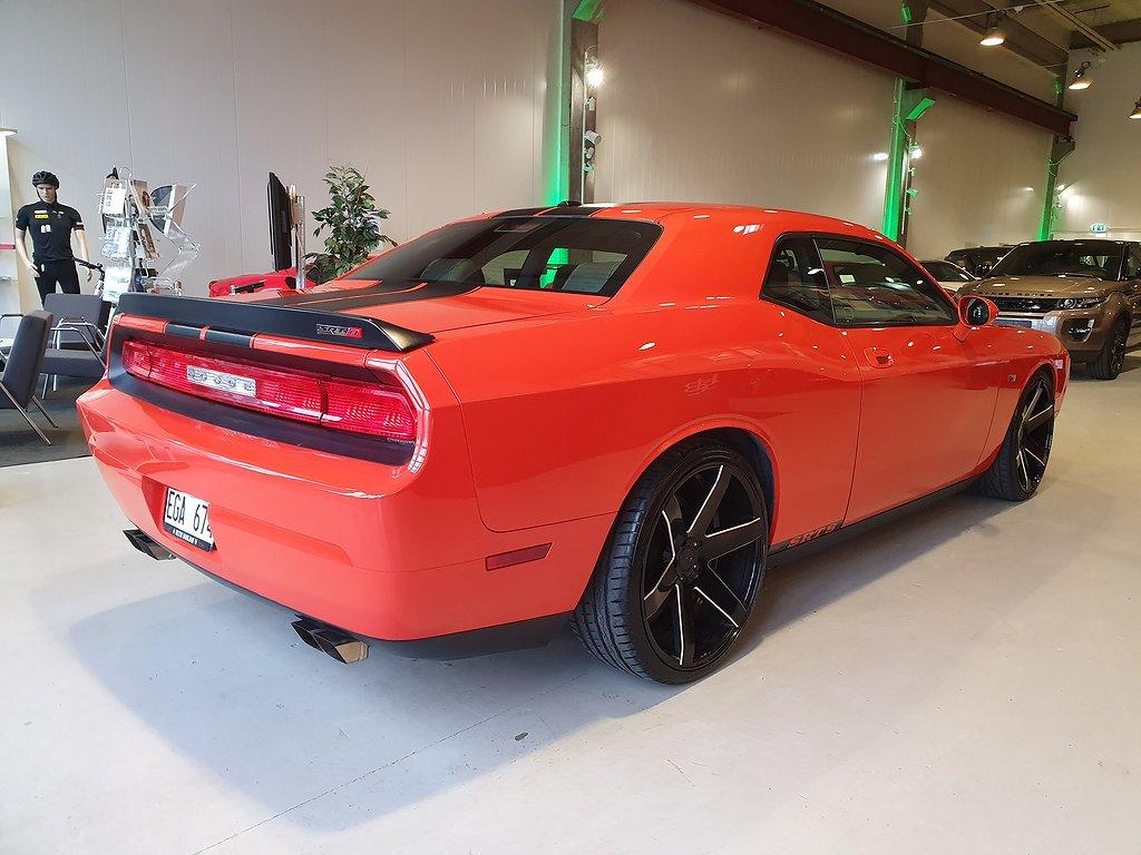 Dodge Challenger 6.1 V8 HEMI SRT8 431hk