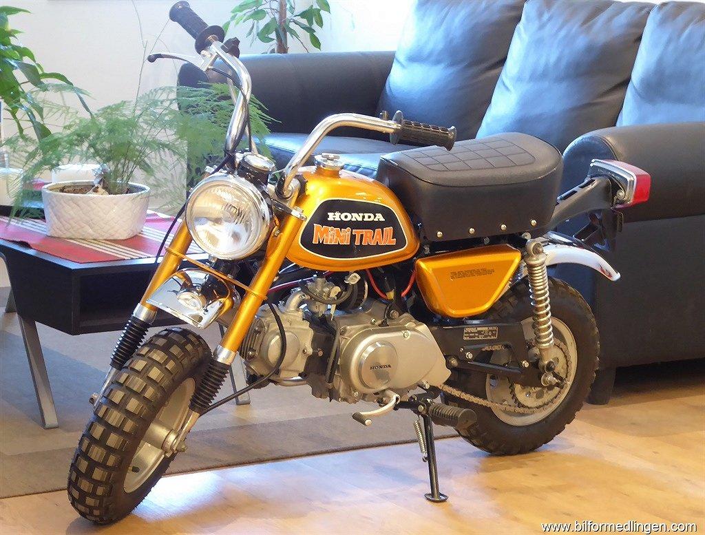 Honda Z50 Monkeybike Mini Trail Nyrenoverad motor