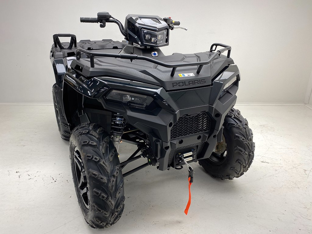 Polaris Sportsman 570 EPS Black Edition Traktor B