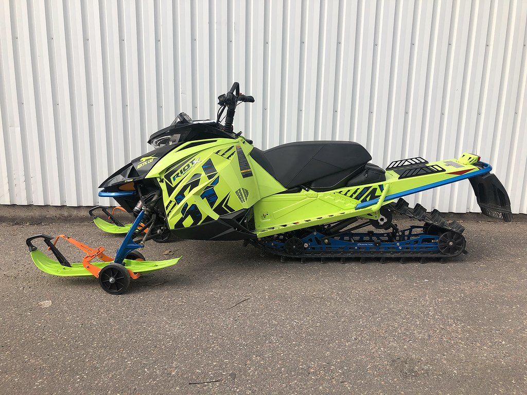 Arctic Cat RIOT X 8000 146