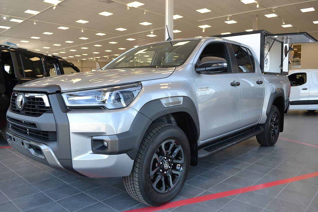 Toyota Hilux 2.8 Invincible leasing från 4512:- ex moms per