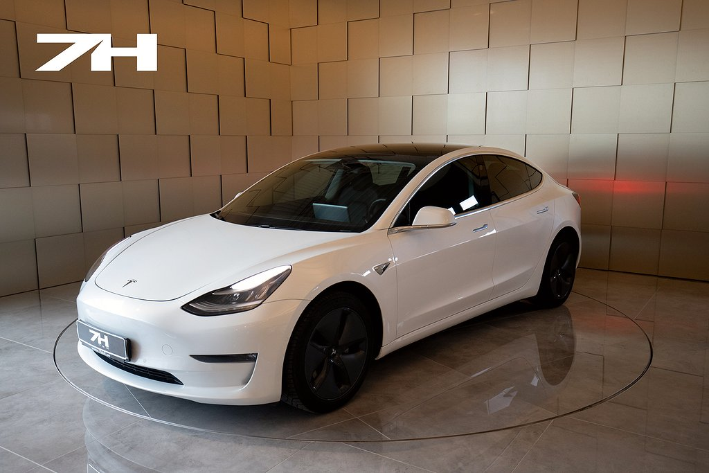 Tesla Model 3 Long Range AWD / Autopilot / Leasbar!