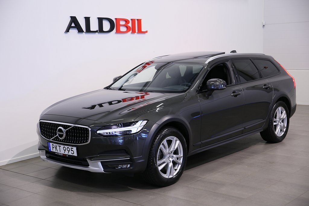 Volvo V90 Cross Country T5 250hk AWD Momentum Pro Edition Aut