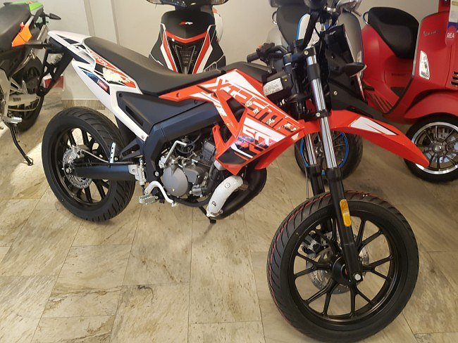 Derbi Senda DRD X-Treme 50 SM Moped