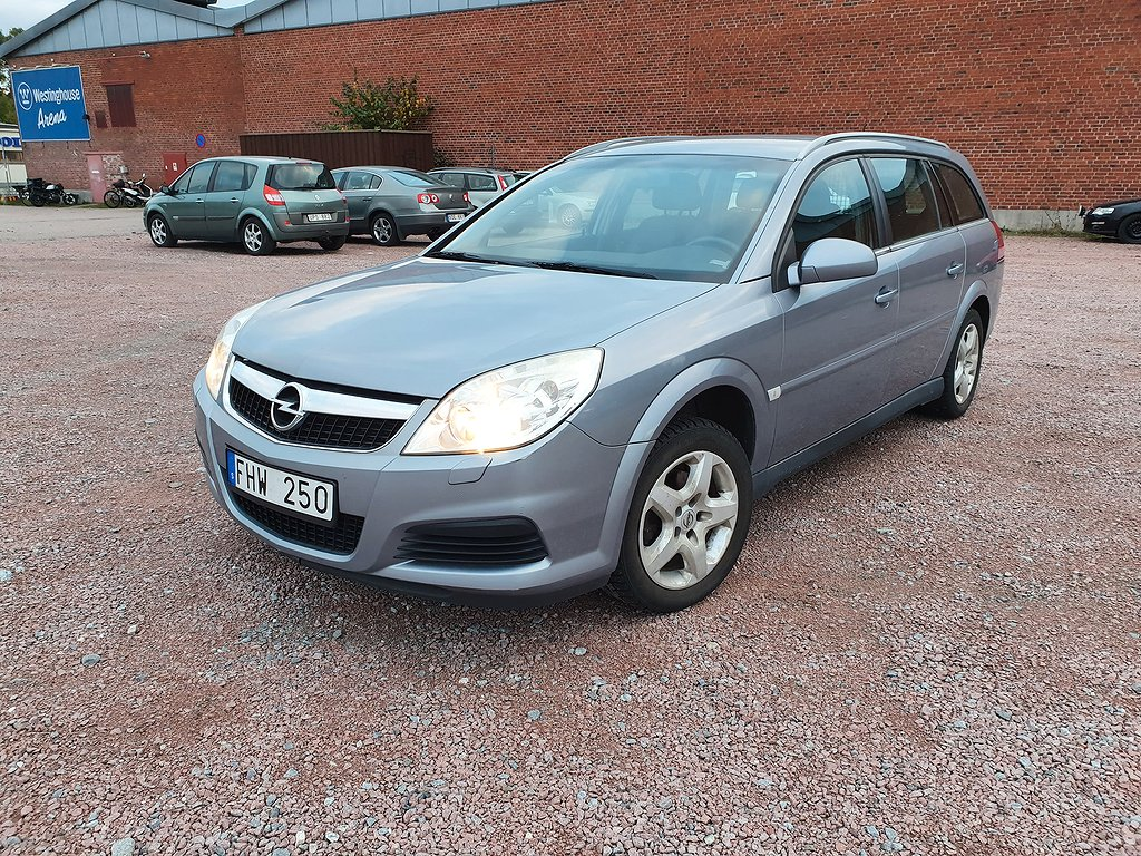 Opel Vectra Caravan 2.2 Direct 155hk