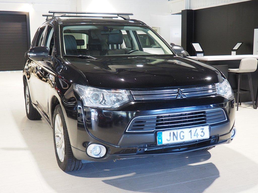 Mitsubishi Outlander P-HEV Hybrid Business X 2014