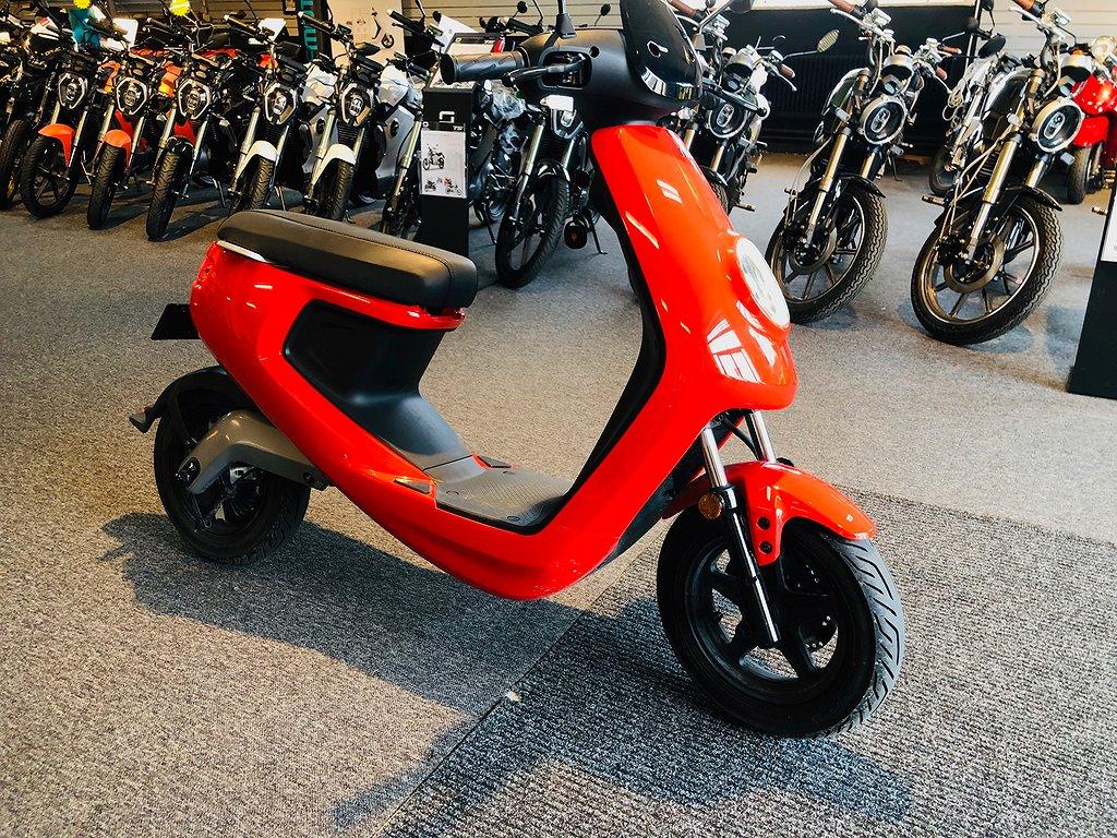 NIU M1 - Elscooter begagnad