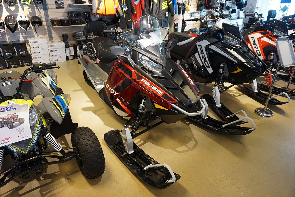 Polaris 550 Indy LXT Sunset Red -19