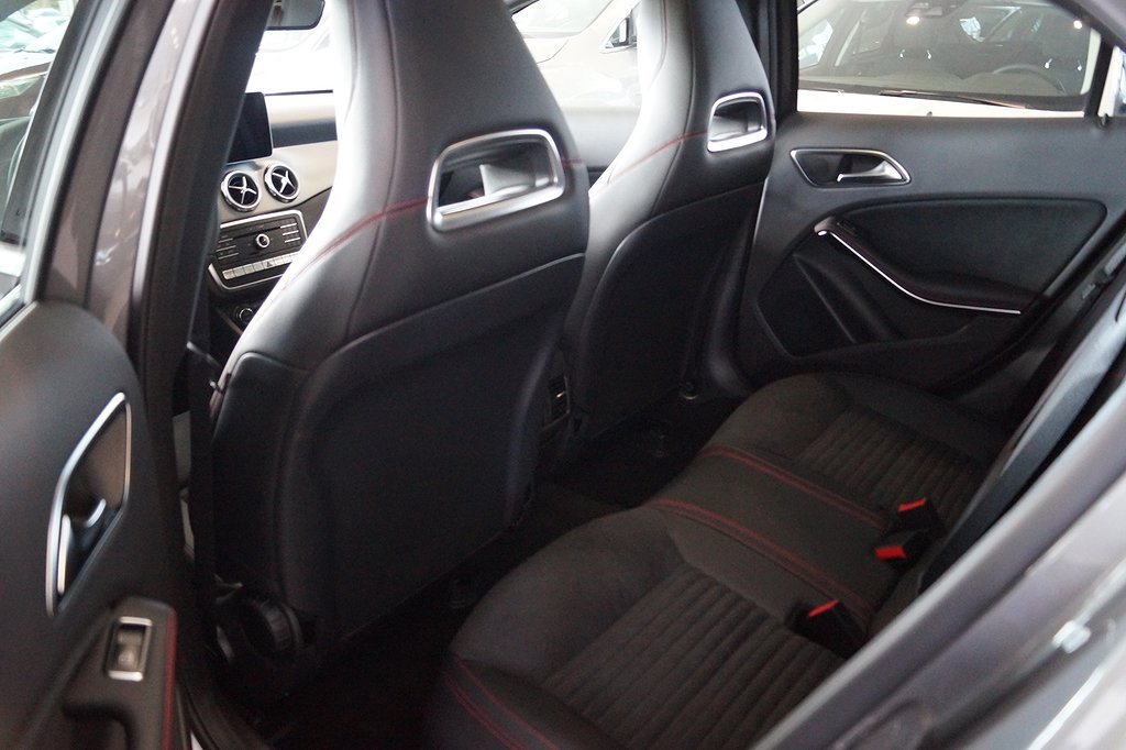 Mercedes-Benz GLA 200 d 4MATIC // Keyless // AMG / Värmare //