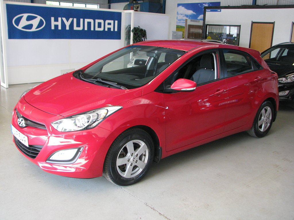 Hyundai i30 5-dörrar 1.4 CVVT 99hk business