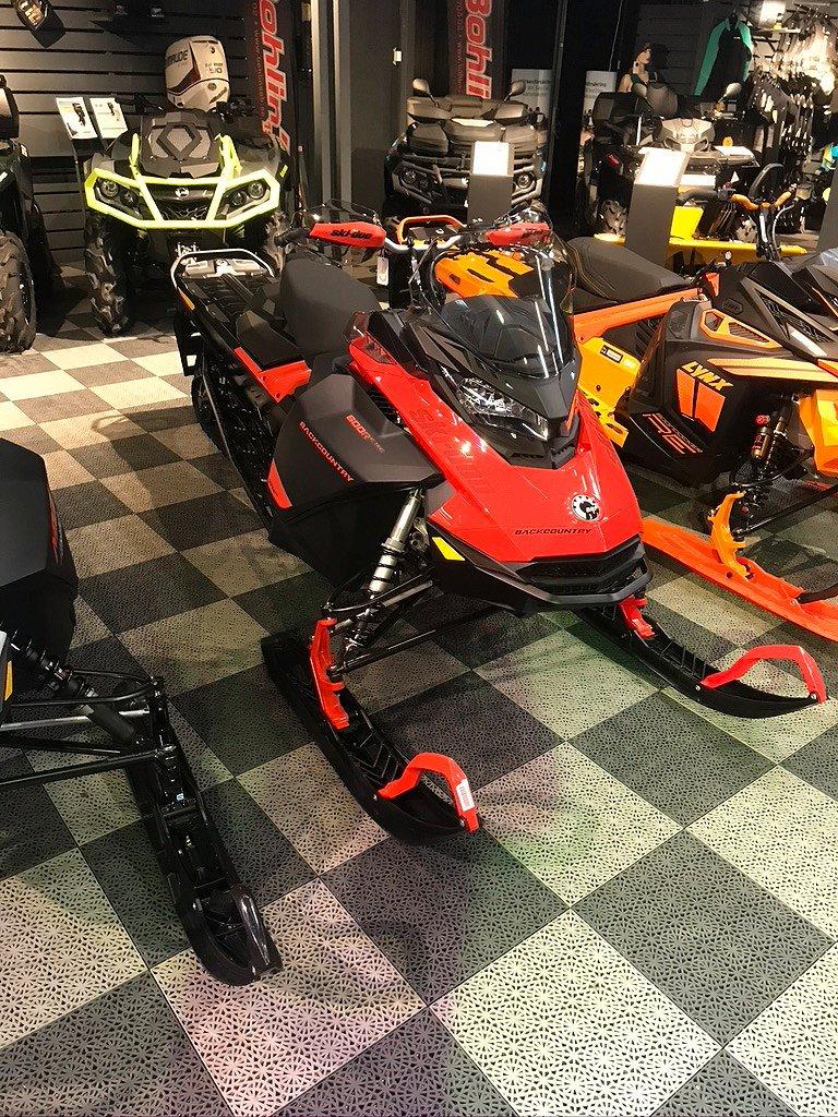 Ski-doo Backcountry 600R E-Tec -21