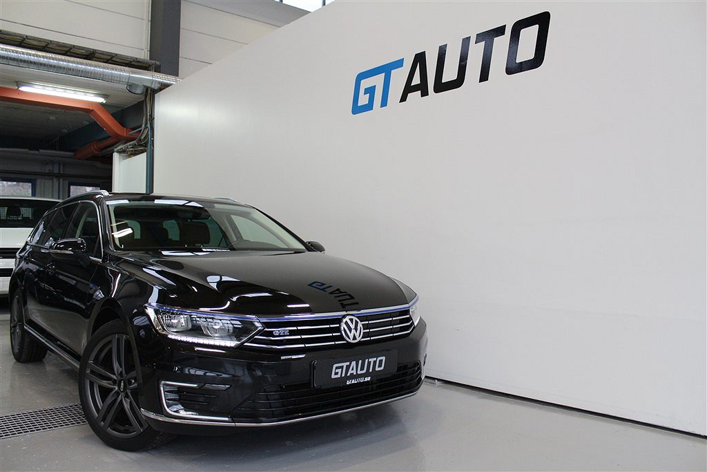 Volkswagen Passat GTE 218HK PANORAMA HEMLEVERANS