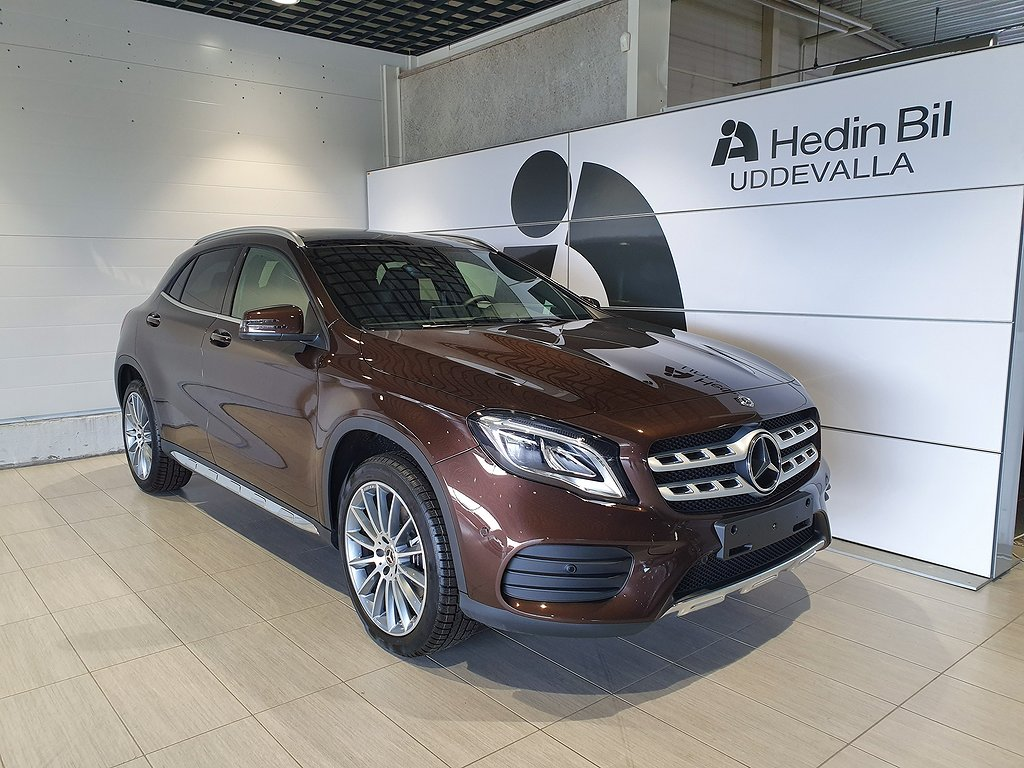 Mercedes-Benz GLA 220d 4 Matic AMG-SKY//Navi//Värmare//Drag