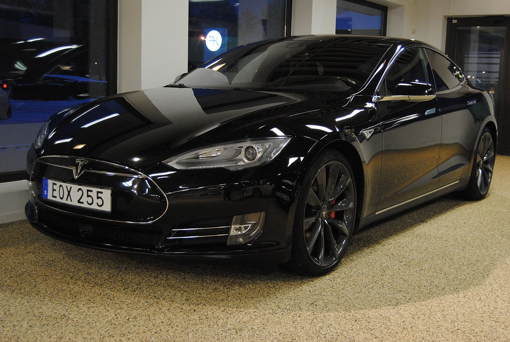 Tesla Model S P85D Performance 511hk