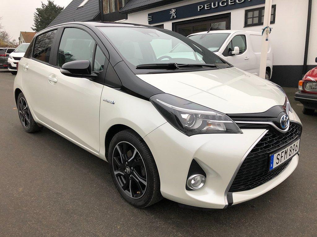 Toyota Yaris Hybrid Style Bi-Tone 1.5 VVT-i
