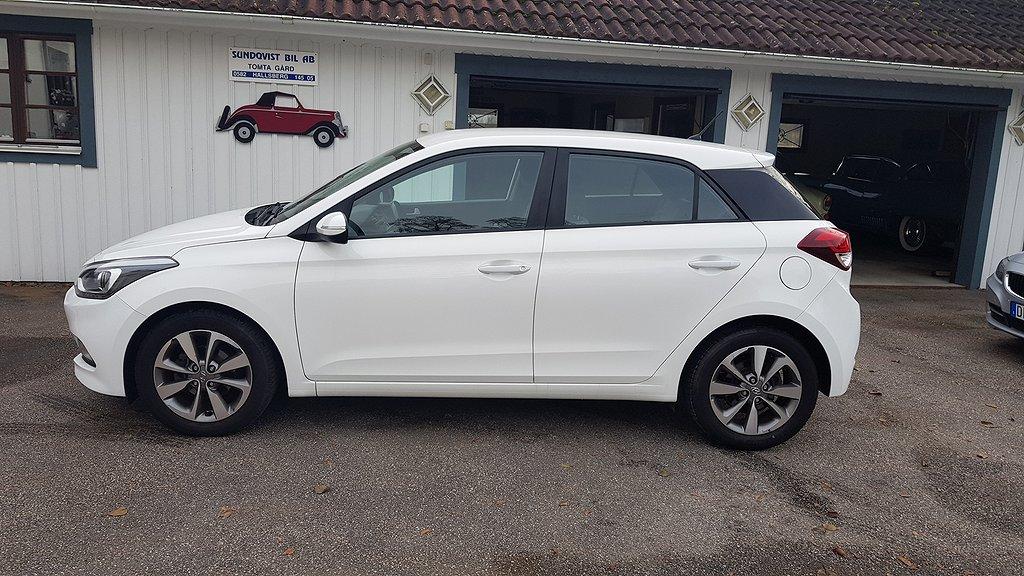 Hyundai i20 1.4 Premium 101hk
