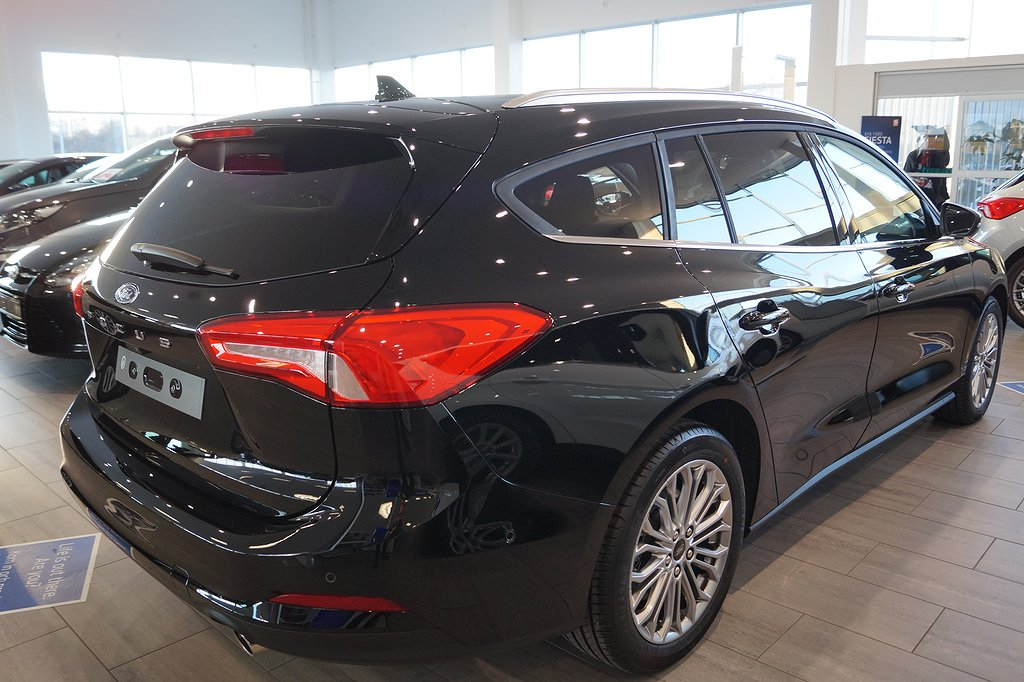 Ford Focus Nya 1.0 EcoBoost 125hk Euro 6 Automat Kombi