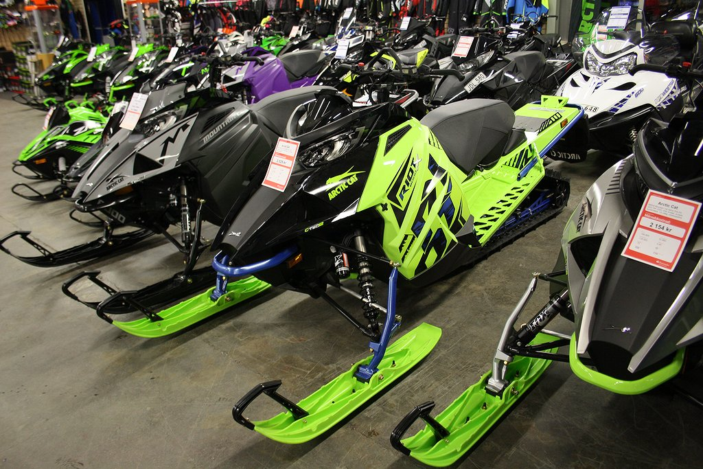 "Arctic Cat Riot X 8000 ES QS3-146"" -20 Demo"