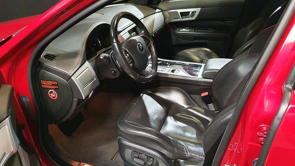 Jaguar XF Sportbrake 3.0 275 hk Aeropaket Black Pack Premium