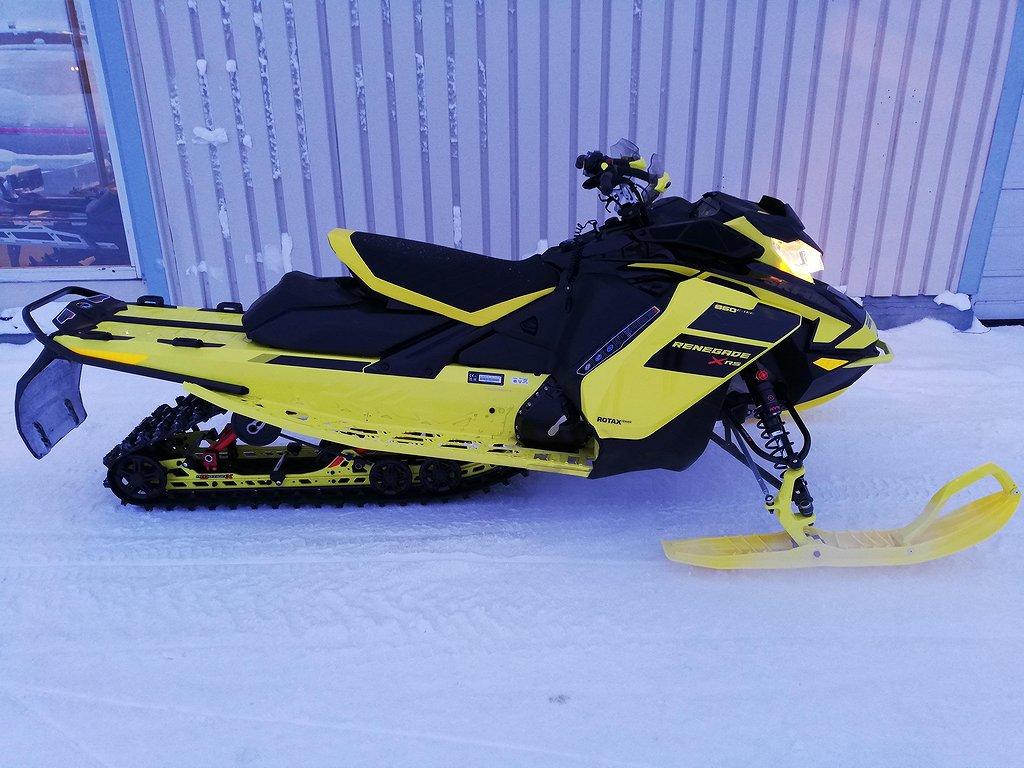 Ski-doo Renegade XRS 850 VIP