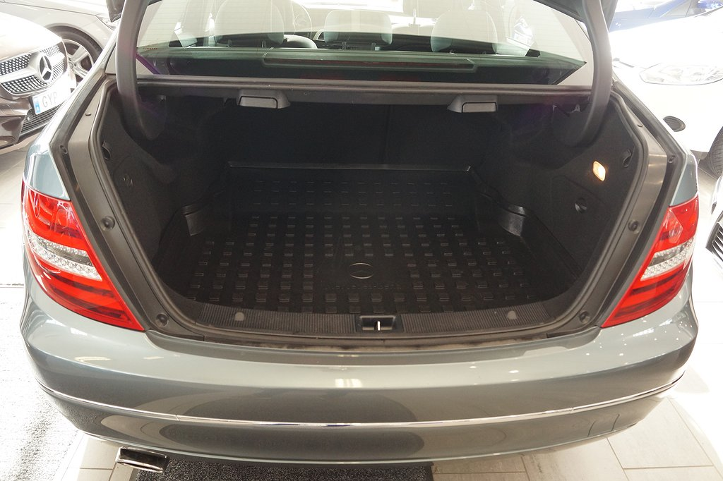 Mercedes-Benz C 220 CDI 170hk Business Aut *Drag/Navi**1.95%ränta*
