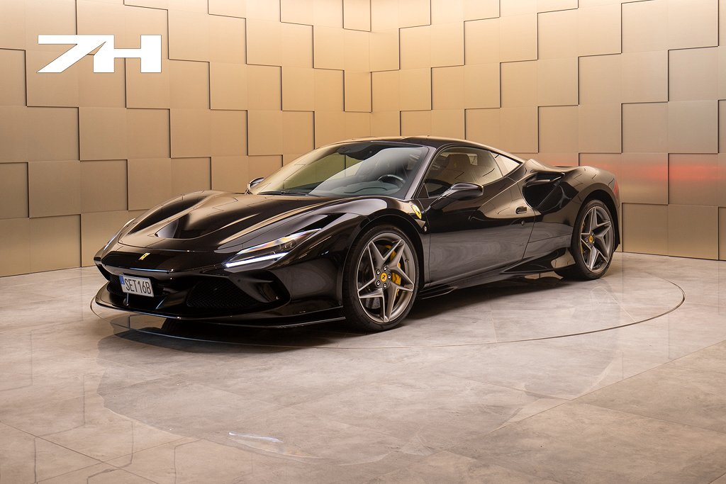 Ferrari F8 Tributo / Svensksåld / Kolfiberstolar / OBS SPEC! /
