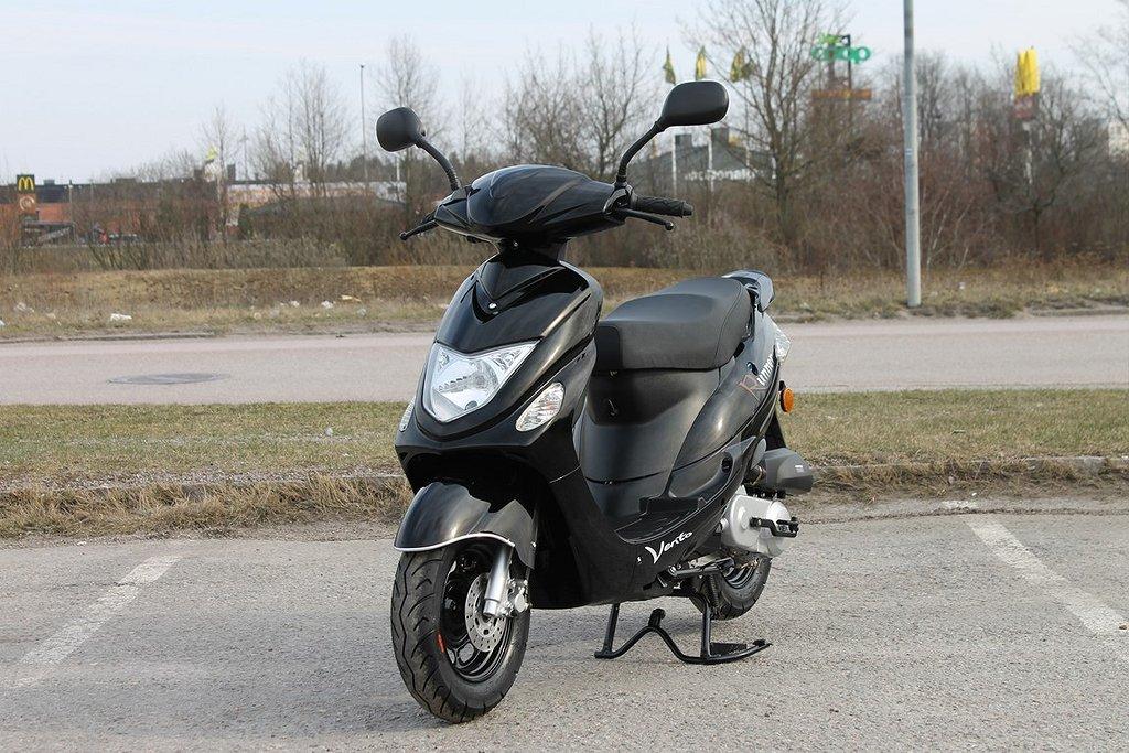 Vento Runner EU 45 Moped / Scooter Euro4 Svart