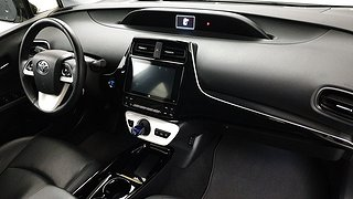Toyota Prius 1.8 Plug-In (99hk)