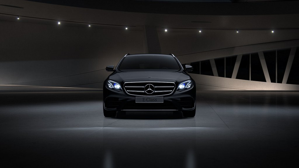 Mercedes-Benz E 300 de Kombi // AMG