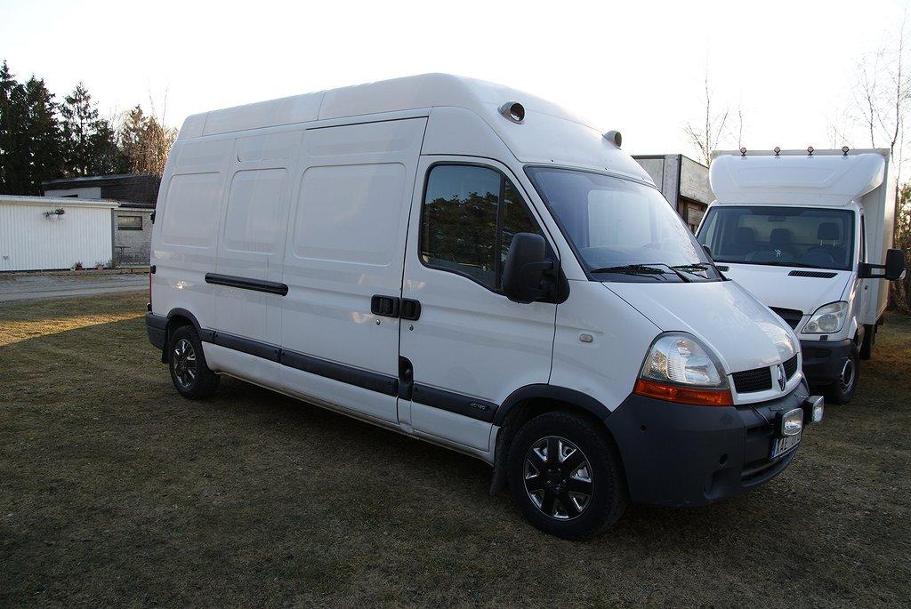 Renault Master b-kort hästlastbil