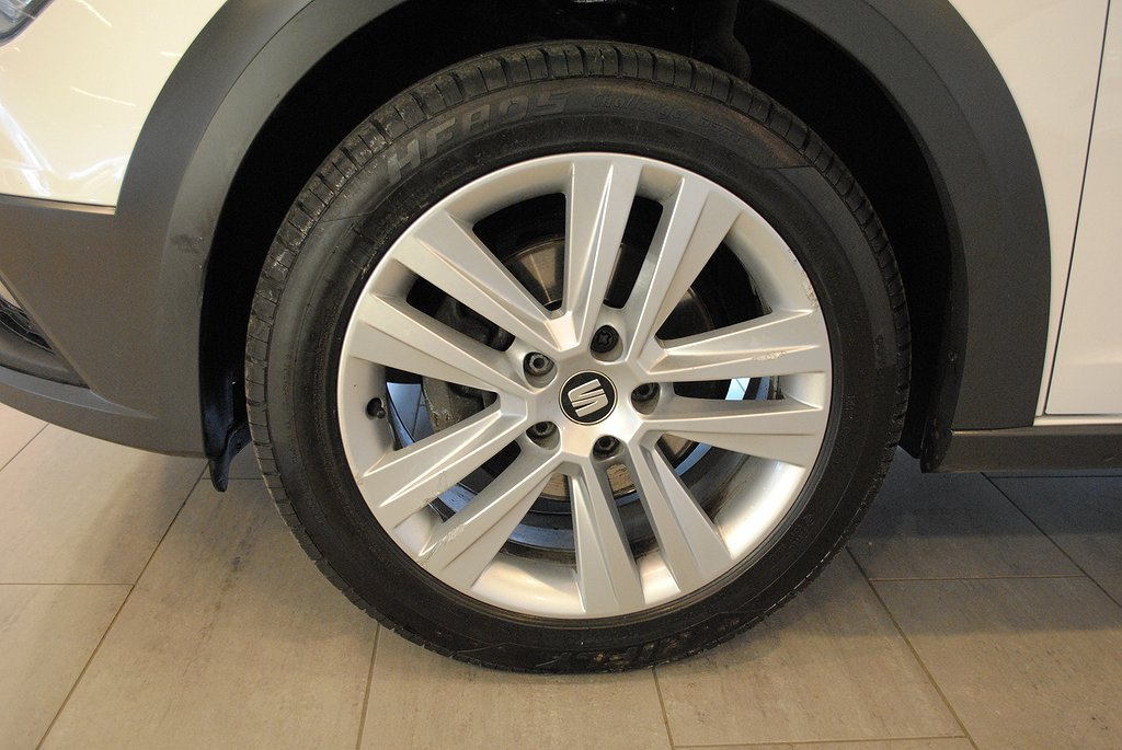 Seat Leon *1.95%ränta&5000kr i fritt bränsle* X-Perience 4Drive 1.6 T