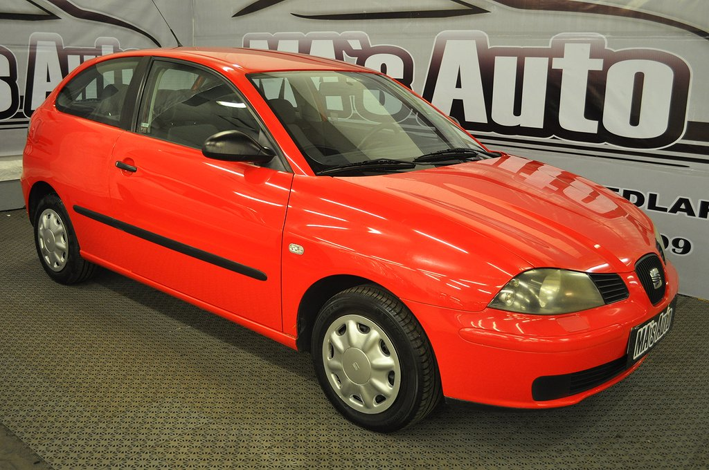 Seat Ibiza 3-dörrar 1.2 64hk NYSERVAD BESIKTAD