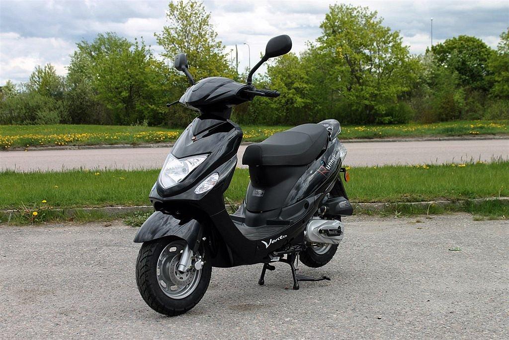 Vento Runner Scooter / Moped EU-45 Svart