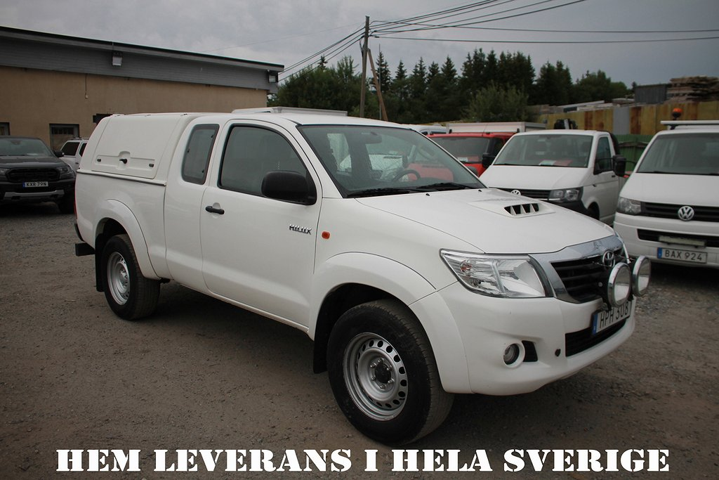 Toyota Hilux Extra Cab 2.5 4x4 Webasto Momsbil Drag*