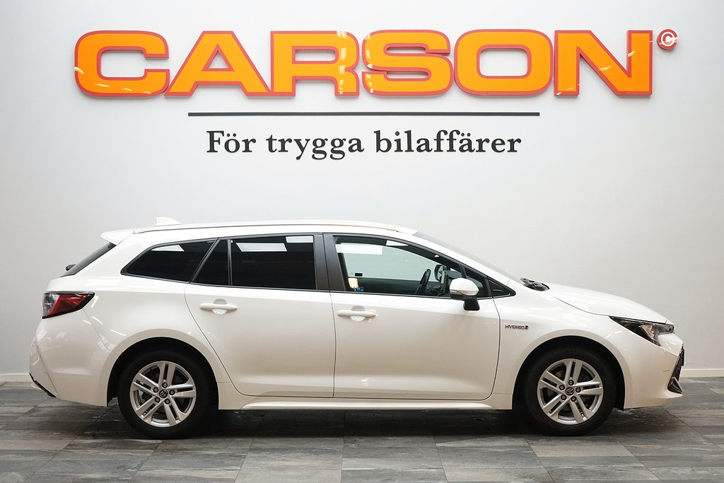 Touring Sports Hybrid 1.8 VVT-i   Aut