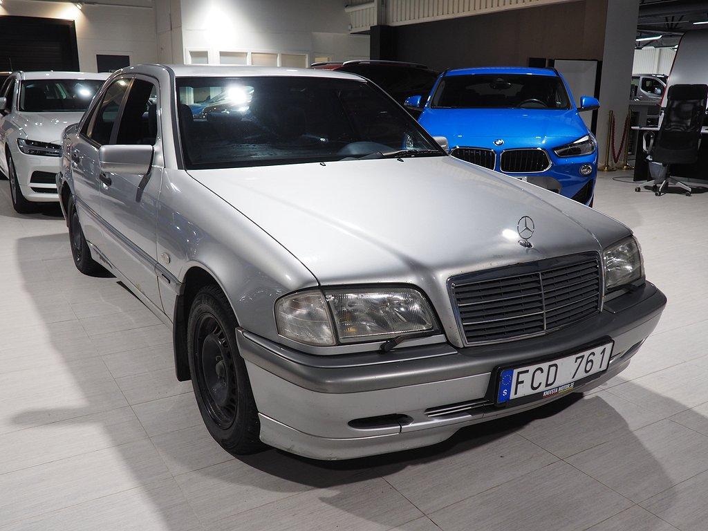 Mercedes-Benz C 180 Automat 122hk Nybesiktigad 1999