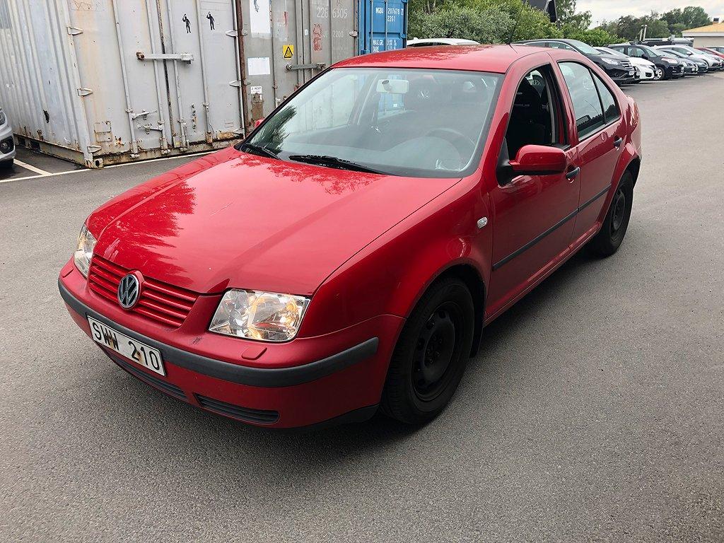 Volkswagen Bora 1,6 Besiktning till 200531