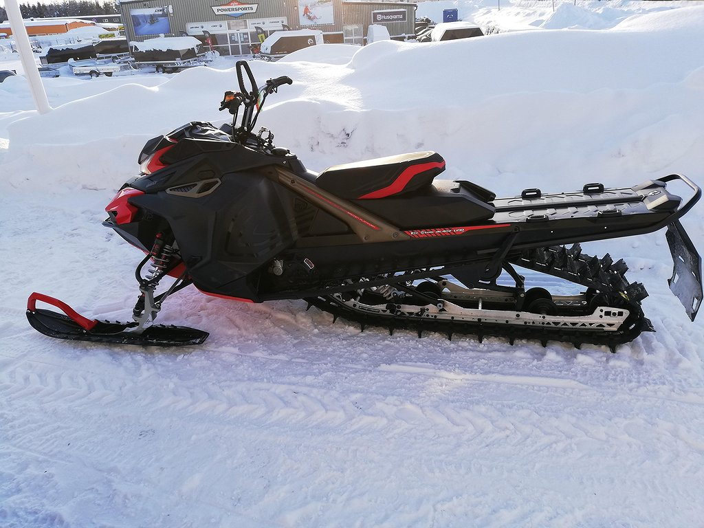 Lynx Boondocker 3700 Re 850