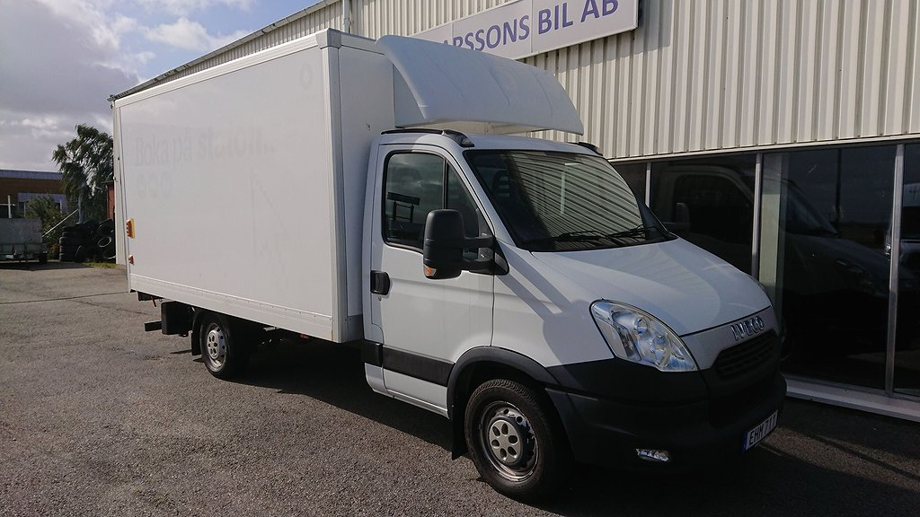 Iveco Daily 35S15 Bakgavellyft Aut 5100 mil 146 hk