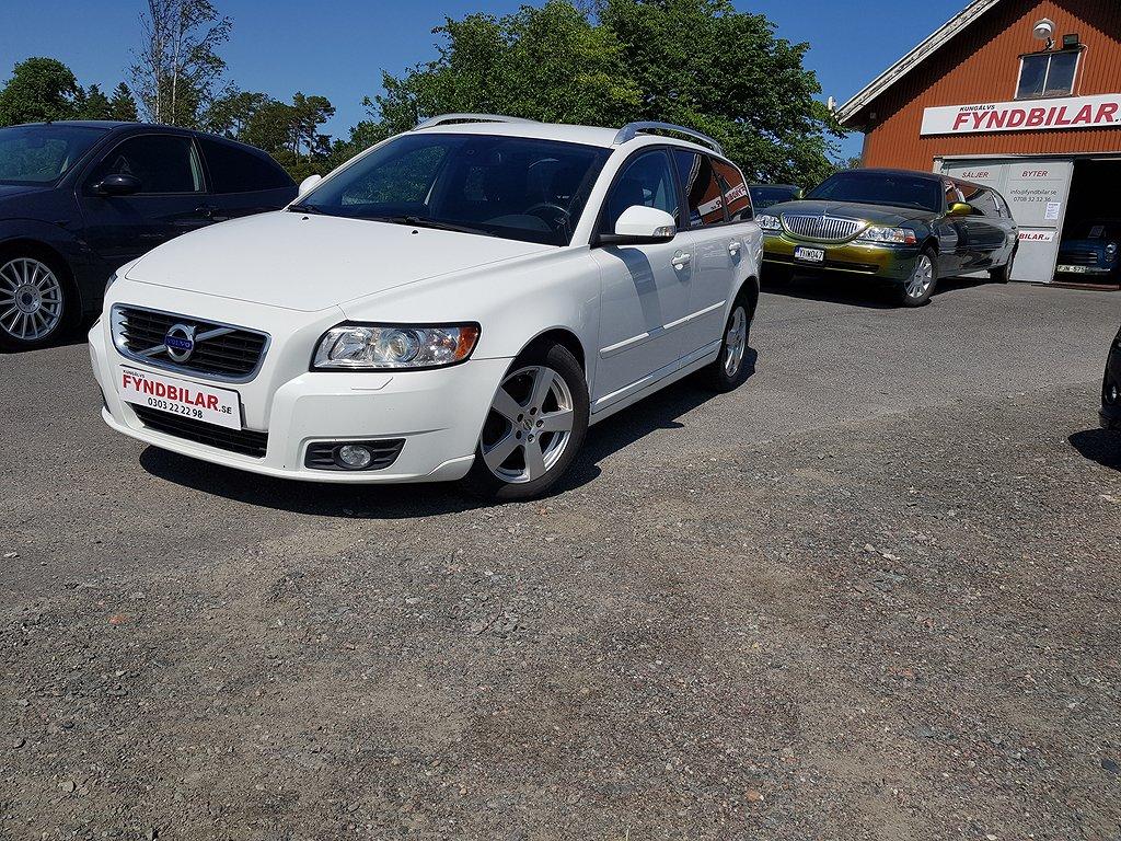 Volvo V50 D3 Summum Classic Aut/Drag/ 1 Ägare/12mån Garanti