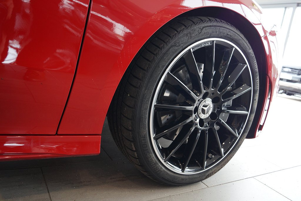 Mercedes-Benz CLA 200 / Demo