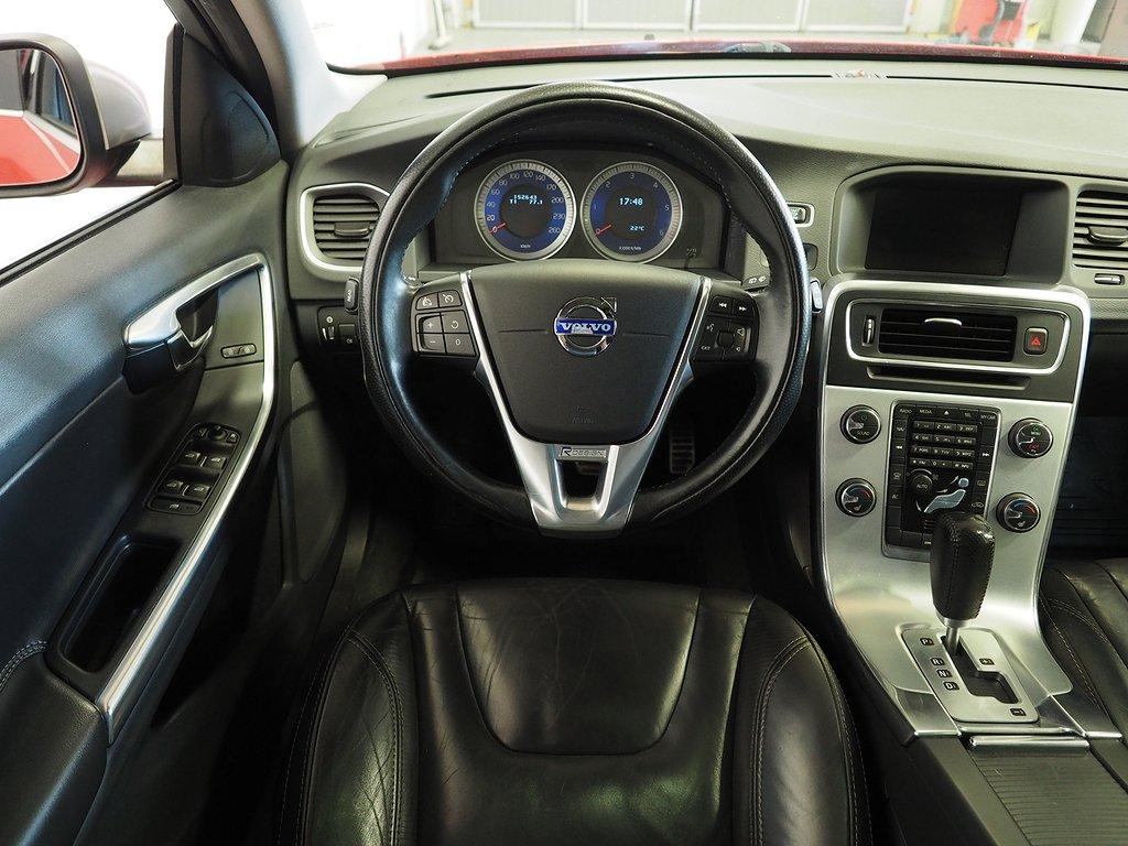 Volvo V60 D2 Automat R-Design 115hk Taklucka, Navi 2012