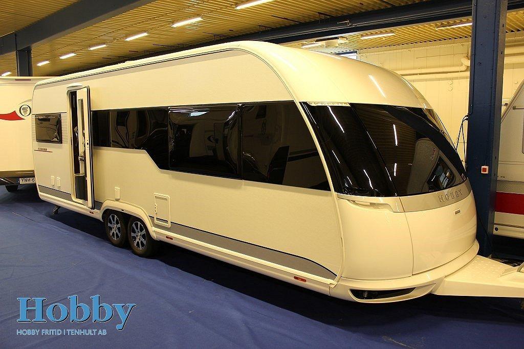 Hobby 650 UFf Premium ALDE Förtält Penta