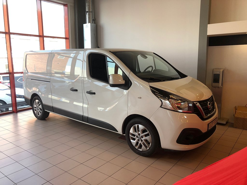Nissan NV300 L2H2 COMFORT PLUS PACK