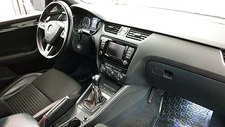Skoda Octavia III 2.0 TDI RS Combi (184hk)